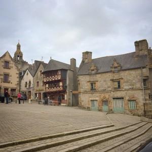 On savoure le vieux bourg de Saint Renan en attendant…